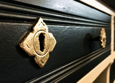 Desk lock